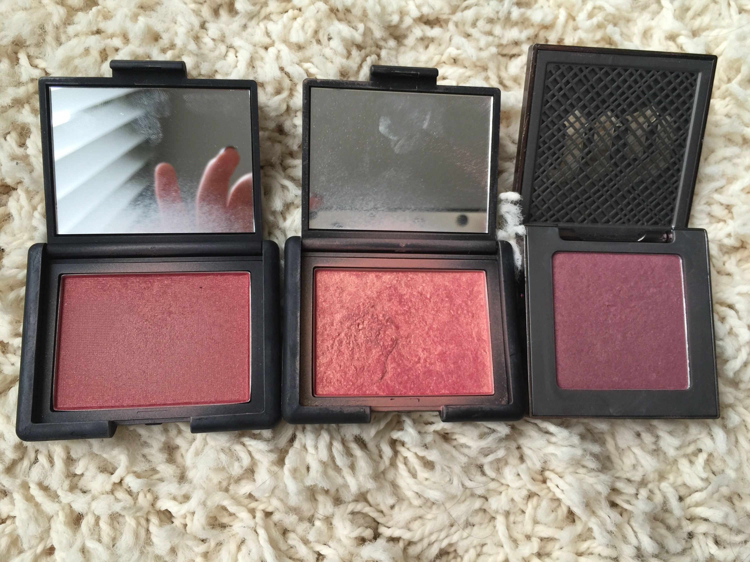 Nars Corissas Corner Blush On Original The Blushes That Got To Make Trip Have Also Been My Recent Go Tos Outlaw Is Such A Gorgeous Fall I Use It Constantly But So